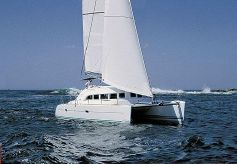 2004 Lagoon 380