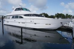 2002 Horizon Enclosed Flybridge