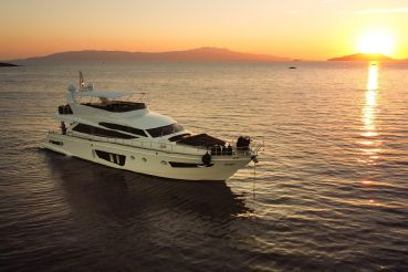 2020 Custom 80 ft Motoryacht