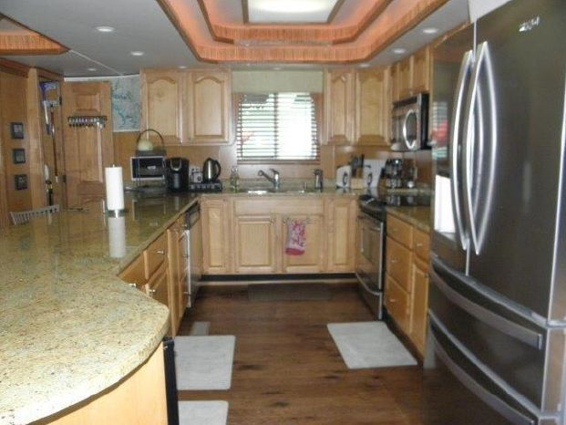 2007 Majestic Brokerage Massachusetts