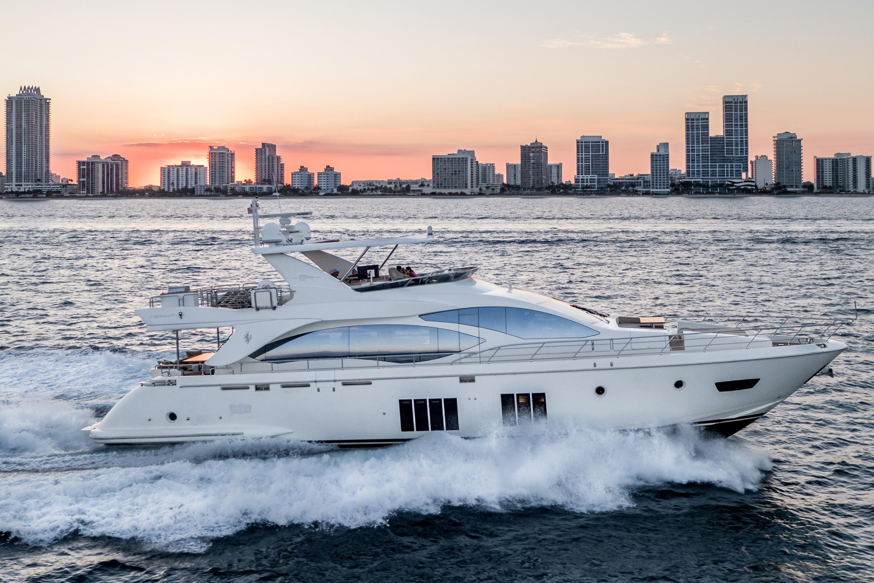 2014 Azimut Motor Yacht Motor Båt til salgs
