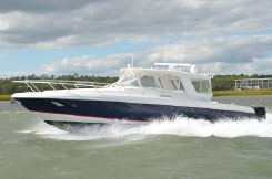 2007 Intrepid 390 Sport Yacht