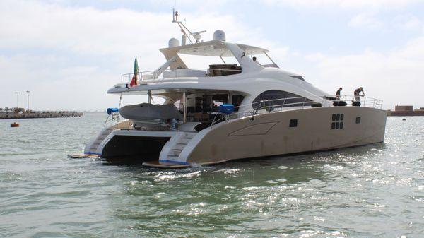 Sunreef Sunreef 70 Power Catamaran Starboard stern view