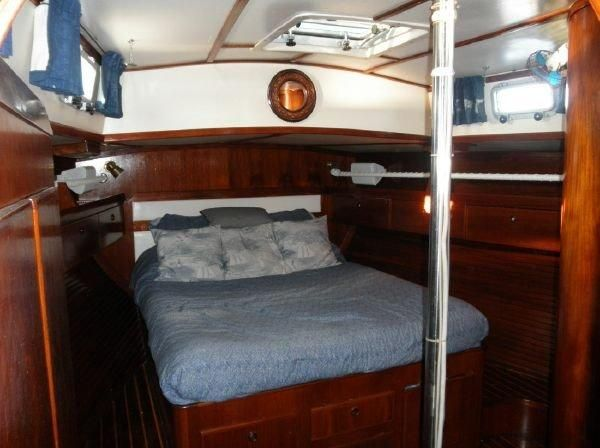 1981 Pearson 530 Edwards Yacht Sales Spacious Aft Cabin