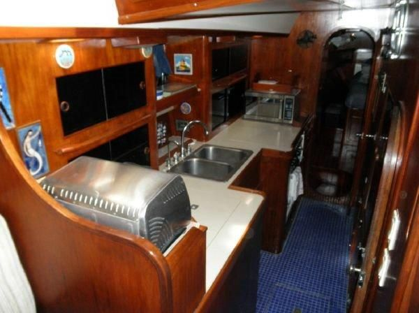 1981 Pearson 530 Edwards Yacht Sales Tile Galley Cabin Sole