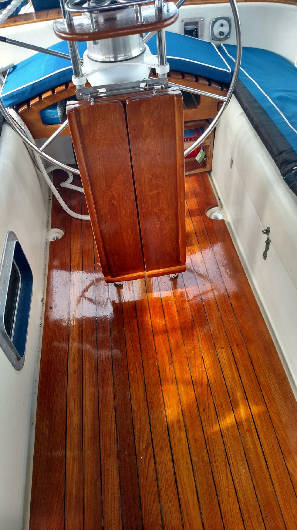 1981 Pearson 530 Edwards Yacht Sales Fresh Varnish