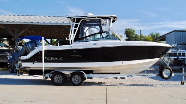 Robalo R247 Dual Console USED-ROBALO-247-DUAL-CONSOLE-FOR-SALE