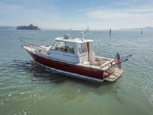 2001 Hunt Yachts Surfhunter 33