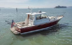 2001 Hunt Yachts Surfhunter 33