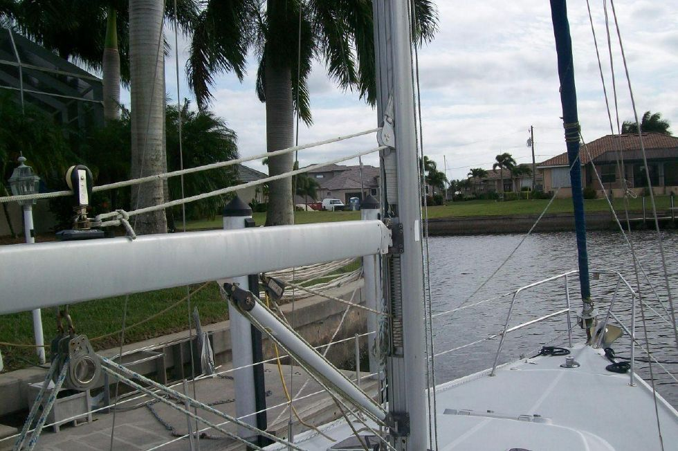 36 Catalina In Mast Furling