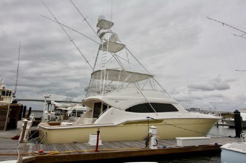 2005 Bertram 630 - Dockside