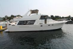 1998 Bayliner 4788 Pilothouse Motoryacht