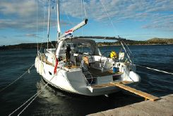 2011 Hanse 495 / NEW ENGINE