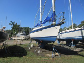 1985 Offshore Yachts Cat Ketch