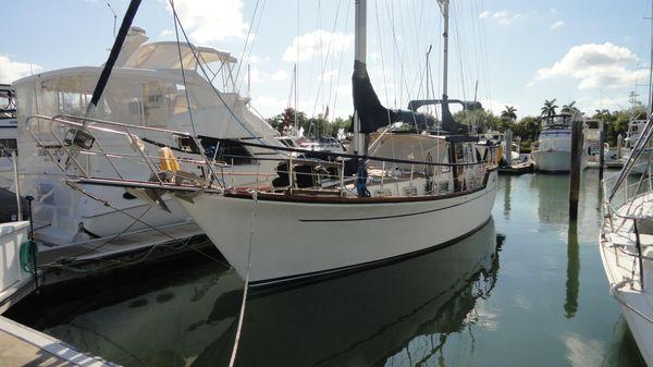 Nauticat 44 Motorsailer Profile