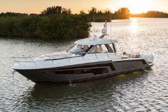2020 Ocean Alexander 45 Divergence Coupe