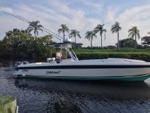 1997 Intrepid 32 CUDDY