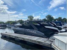 2017 Cruisers Yachts 338 SOUTH BEACH