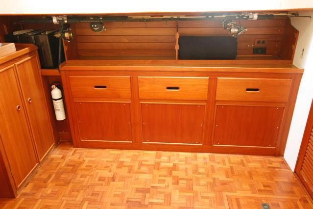 1988 Grand Banks 49 Classic - Grand Banks 49 Master Stateroom Drawer