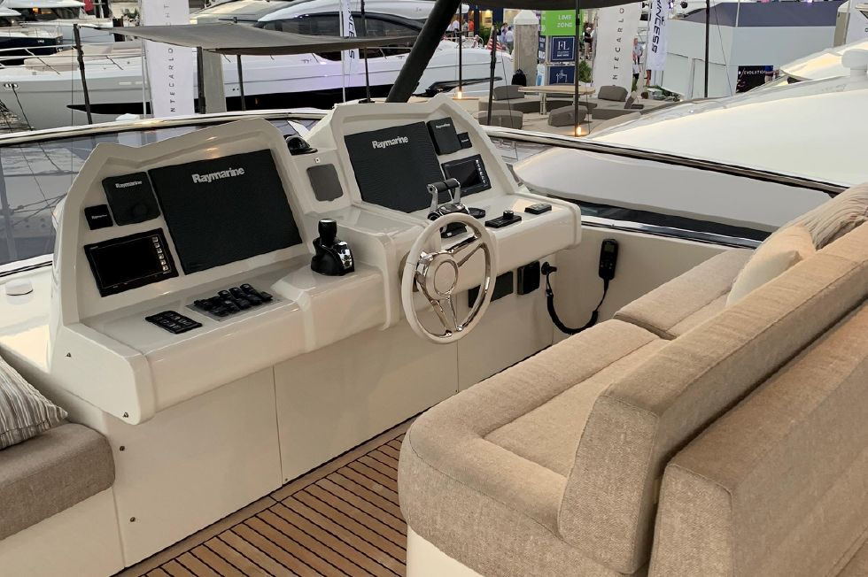 2018 Monte Carlo Yachts MCY 65