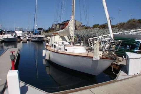 1963 Alberg Sloop - Ready to go sailing
