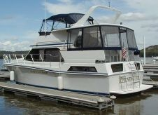 1990 Chris-Craft 427 Catalina