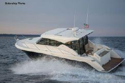 2018 Tiara Yachts 39 Coupe