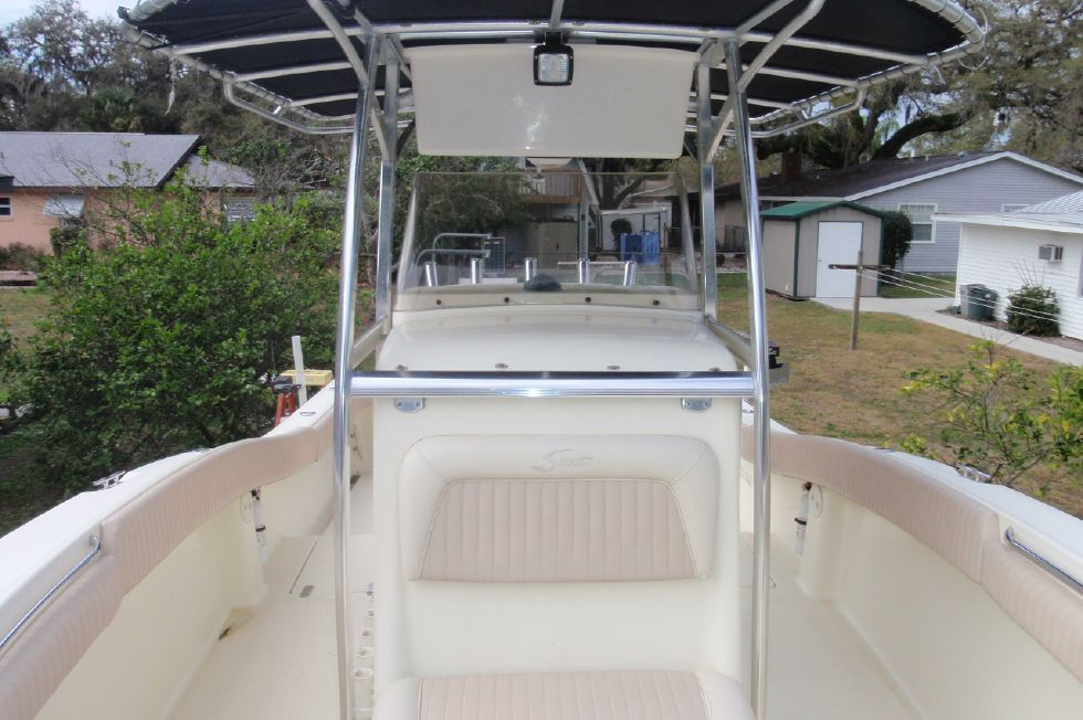 2001 Scout 280 Sportfish - Forward Looking Aft