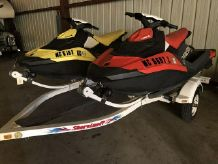 2017 Sea-Doo SPARK 3UP(PAIR)