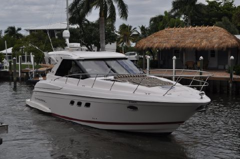 2012 Regal 42 Sport Coupe - Starboard Side