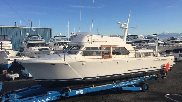 Canoe Cove 53 Tri Cabin Pilothouse 53' Canoe Cove Tri Cabin Pilothouse