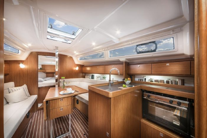 2018 Bavaria BoatsalesListing Connecticut