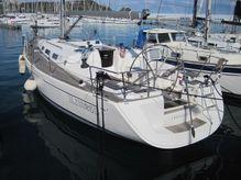 2005 Dufour 44