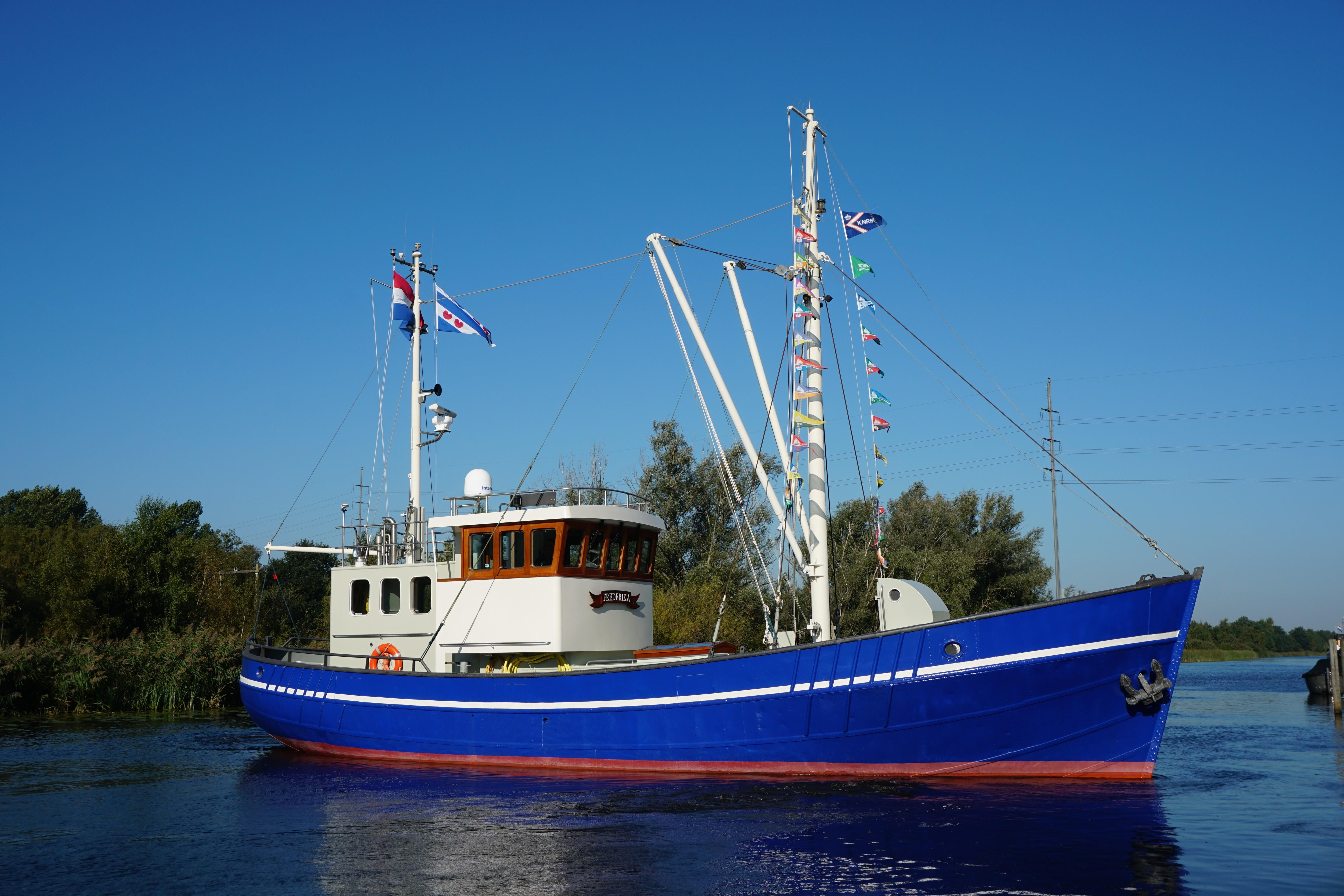 1946 Ex Fishing Trawler Power New And Used Boats For Sale Www Yachtworld Co Uk