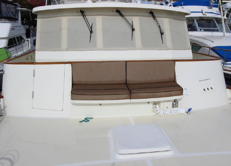Foredeck Seating