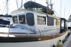 1980 Cygnus 32 Trawler Yacht