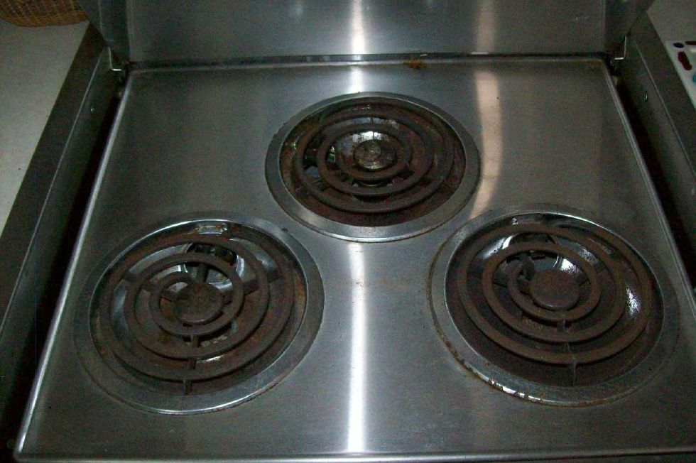 3 Burner cook top