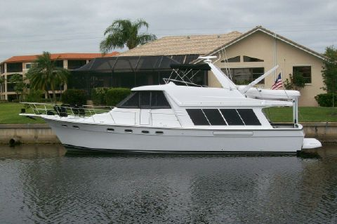 1995 Bayliner 4788 GREAT SHAPE - Just Painted in 2013