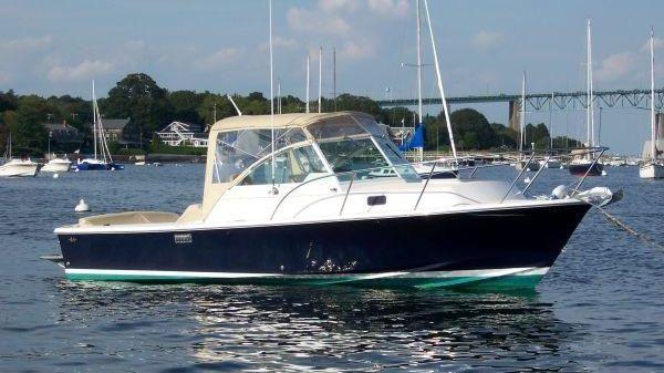 Hunt Yachts Surfhunter 25