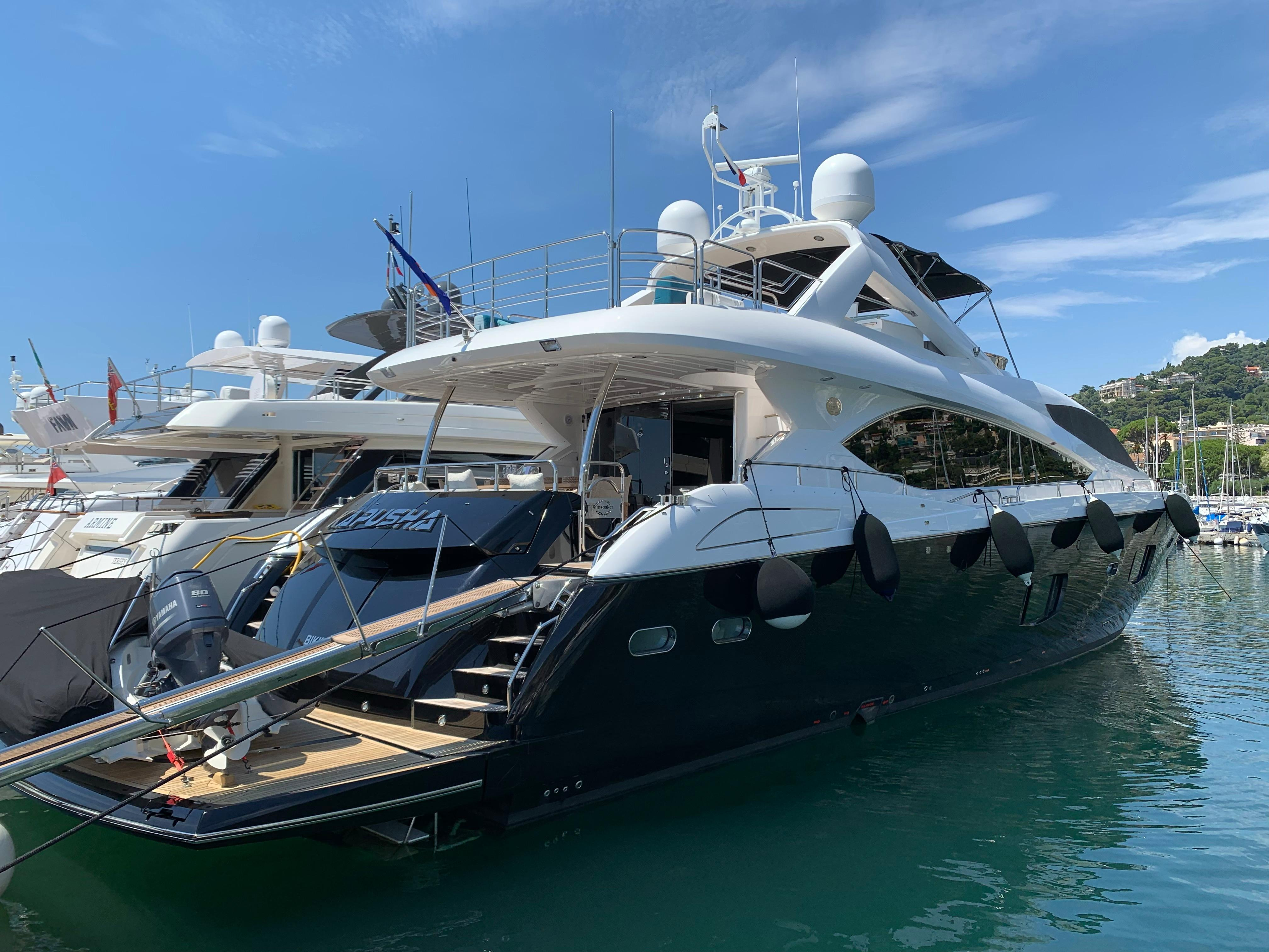 2011 Sunseeker 88 Yacht Motor Båt til salgs