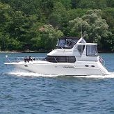 2004 Carver 356 Motor Yacht