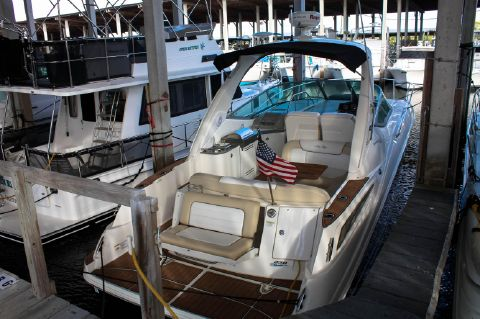 2013 Sea Ray 330 Sundancer