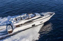 2015 Ferretti Yachts 750