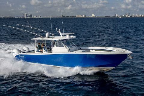 2015 Yellowfin 42 Center Console