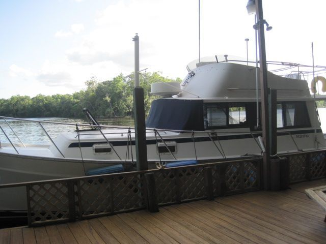 1982 Mainship 34 MK I - Blue Moon