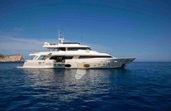 2013 Custom Line Navetta 33 Crescendo