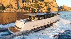 2010 Arcadia Yachts Arcadia 85