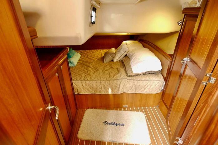 2007 Hunter BoatsalesListing Broker
