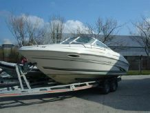 1998 Sea Ray 215 Express Cruiser