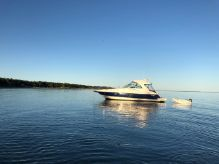 2005 Cruisers Yachts 420 Express - BLUE HULL